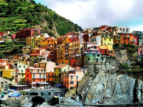 Города, построенные на скалах (15 фото) (15)