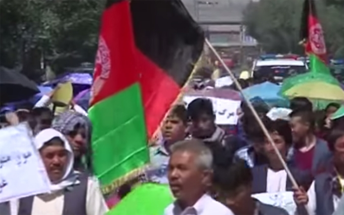 Число загиблих у Кабулі знову зросло: з'явилося відео перших секунд після вибуху