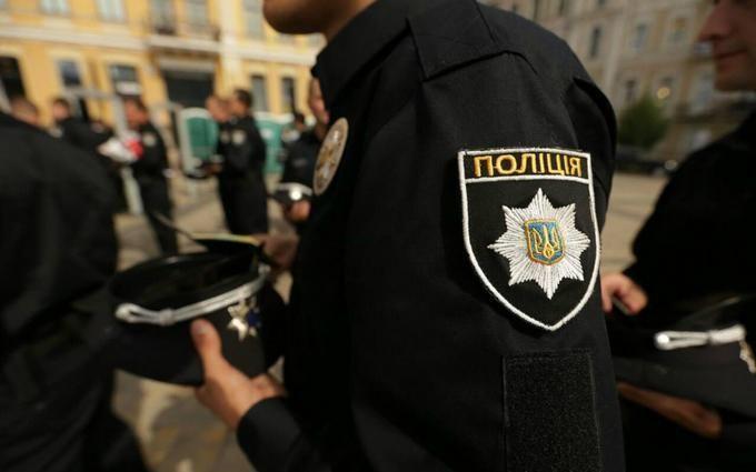Попрощатися із загиблими поліцейськими прийшли Аваков і Луценко: з'явилися фото