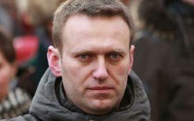Оппозиционеру Навальному впервые за 5 лет выдали загранпаспорт