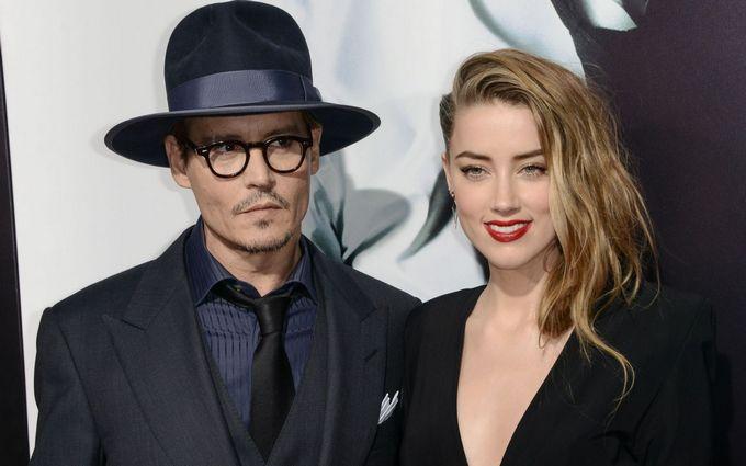 Від знаменитого голлівудського актора йде дружина