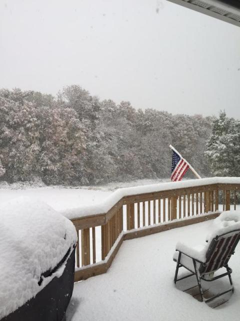 У Нью-Йорку випав перший сніг (1)