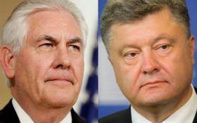 В США рассказали, о чем говорили Порошенко и Тиллерсон