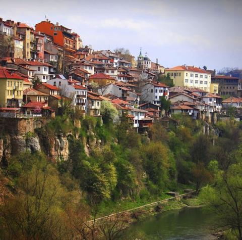 Города, построенные на скалах (15 фото) (2)