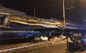 Он устал: обвалившийся в Киеве мост вызвал волну смеха и гневных шуток в сети
