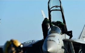 Американская авиация атаковала сторонников Асада на юге Сирии