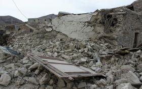 Иран потрясло мощное землетрясение, есть жертвы