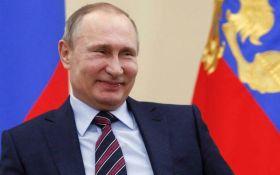 Народжуйте хоч трійню, але допомогу одразу отримаєте лише за першу дитину, - нова ініціатива Путіна