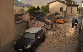 Землетрясение в Италии: появилось видео с разрушениями