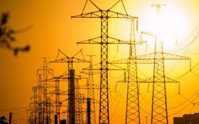 У Ахметова домоглися хитрої формули, електрика в Україні на 20% дорожча, ніж могла бути - експерт