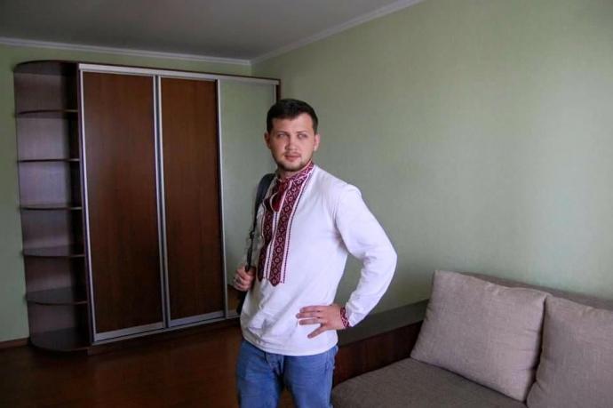 Колишній український в'язень Путіна отримав квартиру в Києві: з'явилися фото (1)