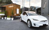 Tesla побудувала пересувний будинок з сонячними панелями: опубліковані фото