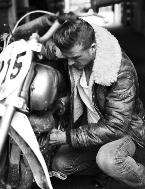 Дэвид Бекхэм (David Beckham) в фотосессии Джоша Олинса (Josh Olins) для журнала Esquire UK (сентябрь 2012), фото 4