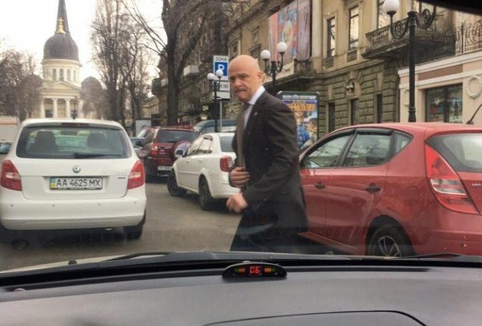 Одесса чуть не осталась без мэра: фото с Трухановым насмешило соцсети (1)