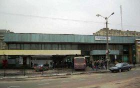 На Львовщине мать оставила новорожденного младенца в камере хранения на автовокзале