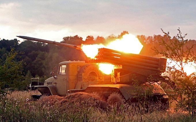 """Боевики из """"Градов"""" обстреляли Светлодарск: среди бойцов ВСУ есть раненые"""