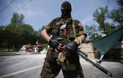 На 197 базах у Донбасі, Криму, РФ готують терористів - СБУ (1)