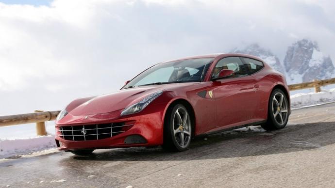 Обновленный Ferrari FF покажут в марте на Женевском автосалоне