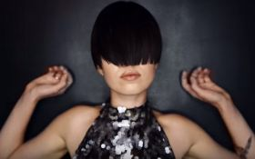 Сліпа доля, що об'єднує людей: Mari Cheba випустила новий чуттєвий кліп