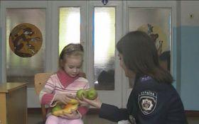 В Украине произошел еще один инцидент с матерью, бросившей ребенка: появились шокирующие детали