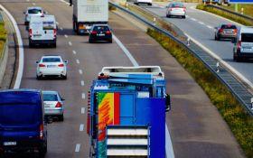 В Україні хочуть ввести платний проїзд на дорогах - кому і скільки доведеться платити