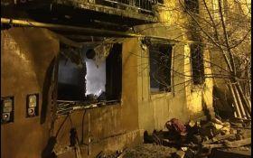 У житловому будинку під Києвом прогримів вибух, є жертви