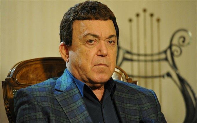 Кобзона лишили всех украинских наград: появился комментарий певца