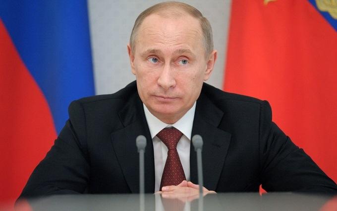 Нові слова Путіна про революцію висміяли в соцмережах