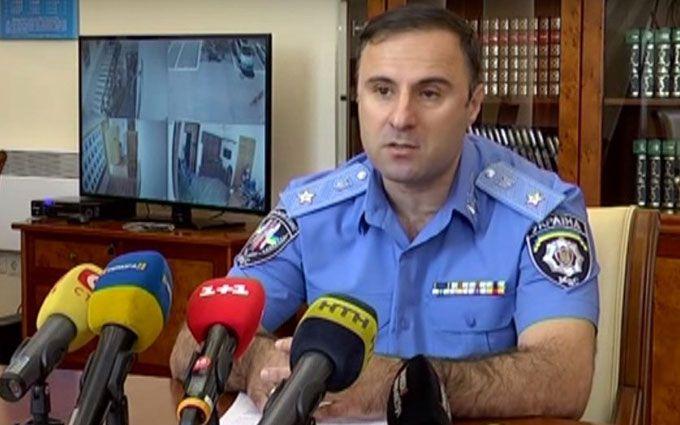 Главу поліції Одеської області викликають на допит за кордон: з'явився документ
