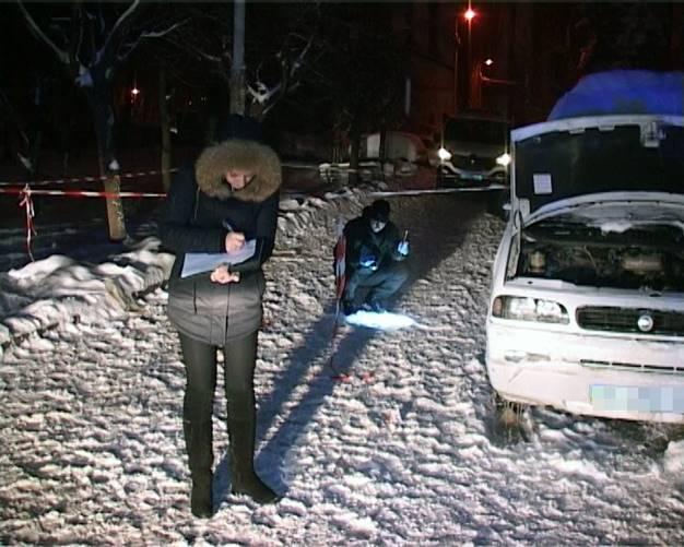 Киев взбудоражен расстрелом мужчины прямо на улице: опубликованы фото и видео (8)