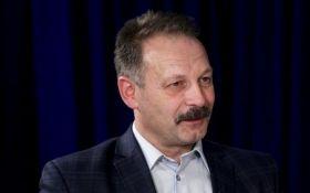 Нардепа Олега Барну избили активисты под домом Луценко: появилось видео