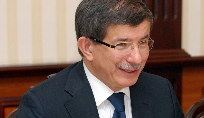 Яценюк встретится с премьером Турции