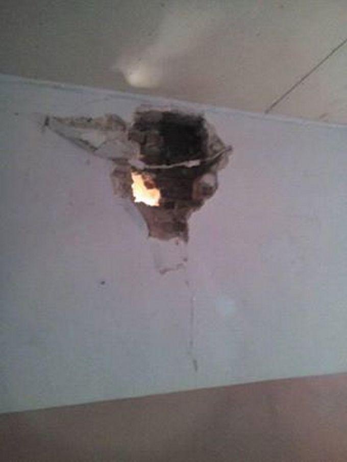 Бойовики ДНР завдали артудари по житловим будинкам і школам: з'явилися фото (1)