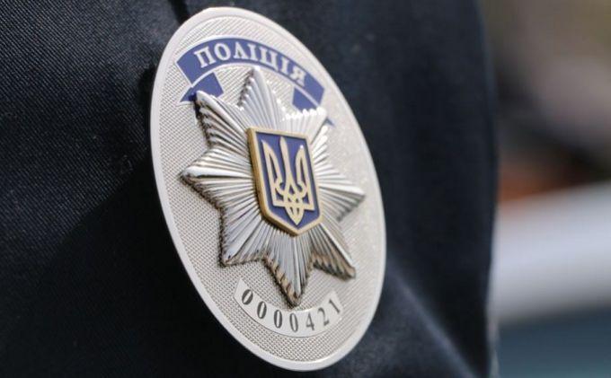 У столиці на території школи знайшли два трупи із ножовими пораненнями
