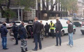 В центре Одессы полиция устроила погоню со стрельбой: появились фото
