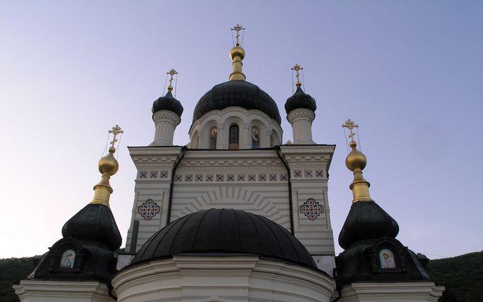 Після вторгнення Росії в церквах УПЦ МП в Криму видавали зброю окупантам, - Чубаров