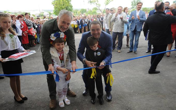 Президент ФФУ розповів про розвиток футболу на Донбасі (1)