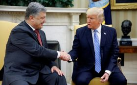 Трамп поздравил Порошенко с 26-й годовщиной Независимости Украины