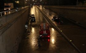 Потоп у Києві: з'явилися моторошні фото і відео затопленої столиці