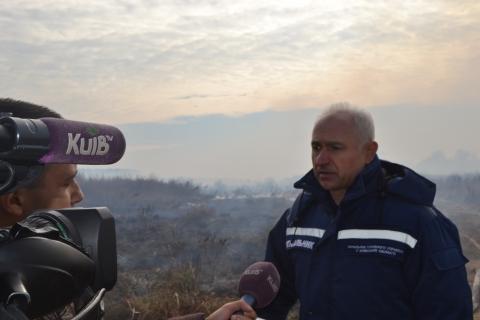 У Київській області горить 15 га торфовищ (6 фото) (1)