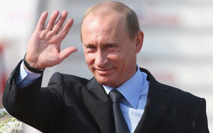 Путін покривлявся перед робочим: мережу обурило відео
