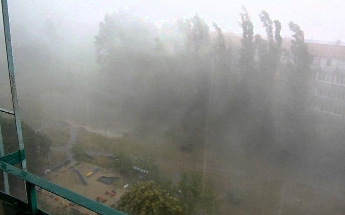 В Чечне ураган повредил 70 домов и затопил резиденцию Кадырова: опубликовано видео