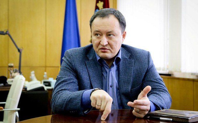 Охранник одного из украинских губернаторов напал на журналистов: опубликованы фото