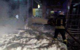 Под Киевом из-за невнимательного водителя взорвалась АЗС: опубликовано шокирующее видео