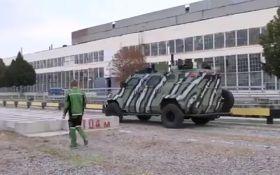 Є чим пишатися: Гройсман виклав відео з новою українською зброєю