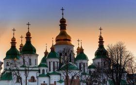 """""""Церковь теперь - украинская"""": Порошенко подписал важный закон о переходе общин в ПЦУ"""