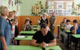 У школі звільненого міста на Донбасі стався сепаратистський скандал