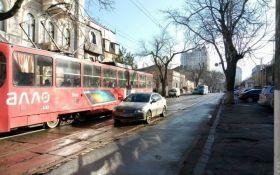 В Одессе жители разобрались с автомобилистом-хамом: опубликованы фото