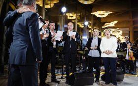 Меркель спела свою любимую песню: опубликовано видео