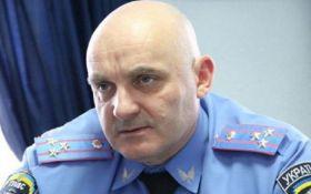 З'явилися драматичні відео штурму відділення поліції в Черкасах